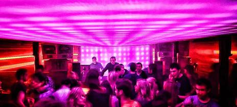 Spektrum Club Manchester LED Lighting Ceiling Display System