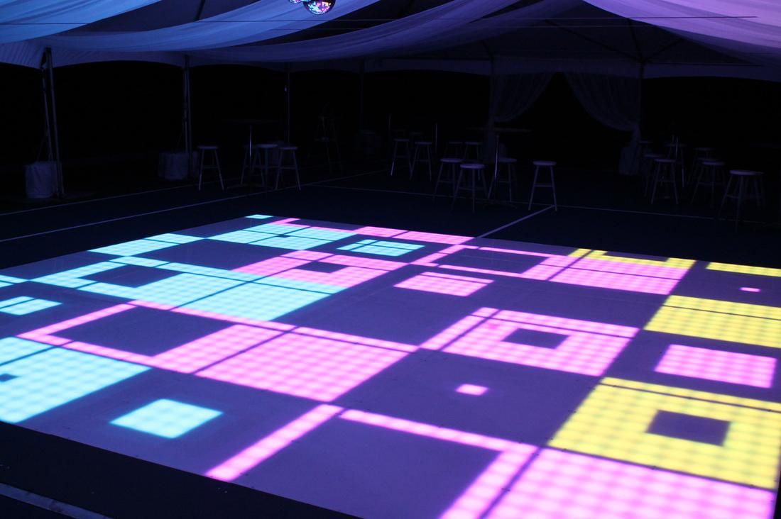 led-dancefloor-8x8-03.jpg